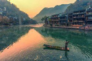 Du lịch Trung Quốc: Phượng Hoàng Cổ Trấn – Trương Gia Giới