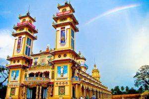 [Từ Sài Gòn] Du Lịch Tòa Thánh Cao Đài – Địa Đạo Củ Chi